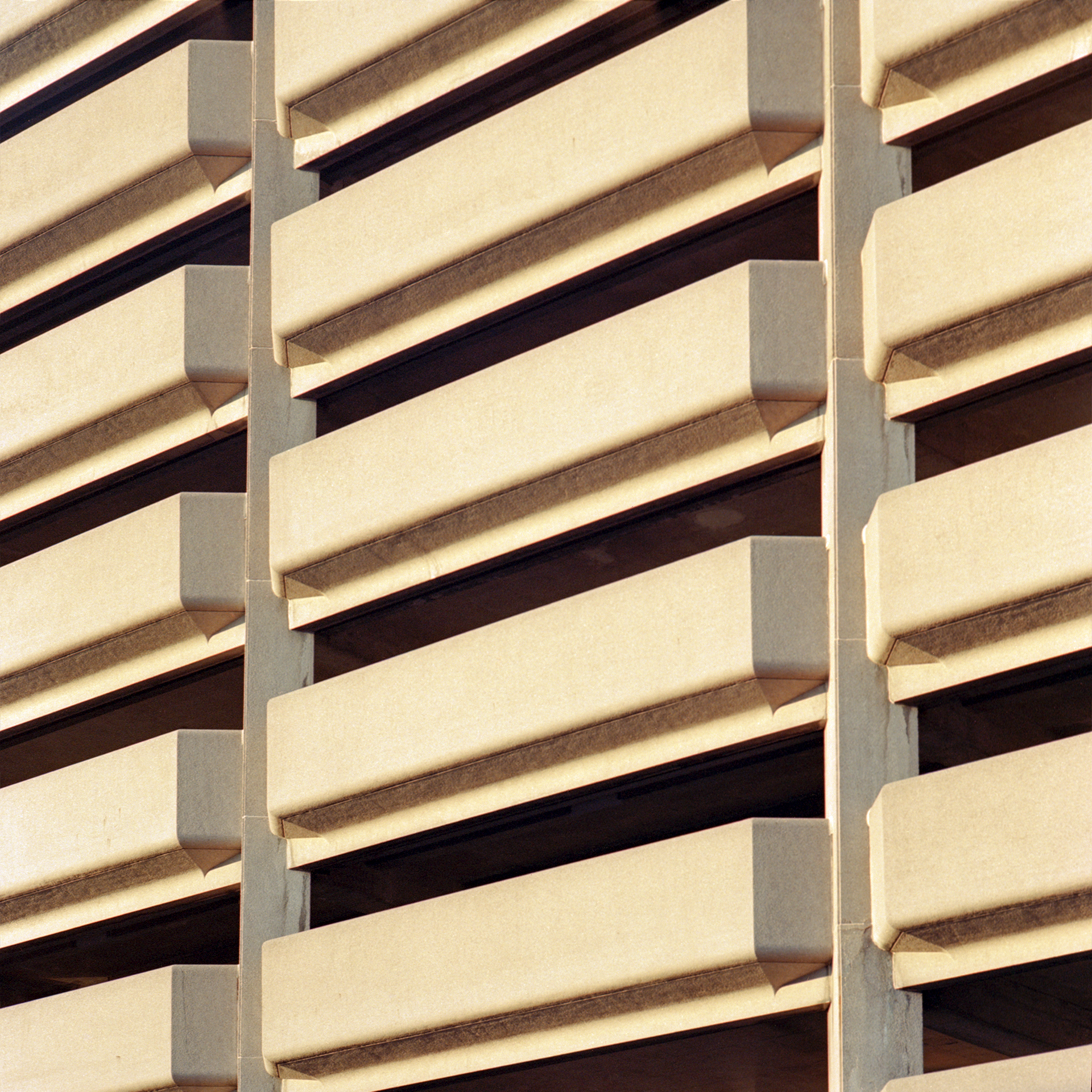 Pattern of repeating outcrops of a parking garage